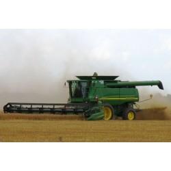 Проводим быструю и качественную уборку урожая с помощью John Deere 9760