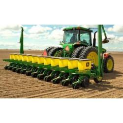 Подготавливаем почву для использования пропашного оборудования для сеянья